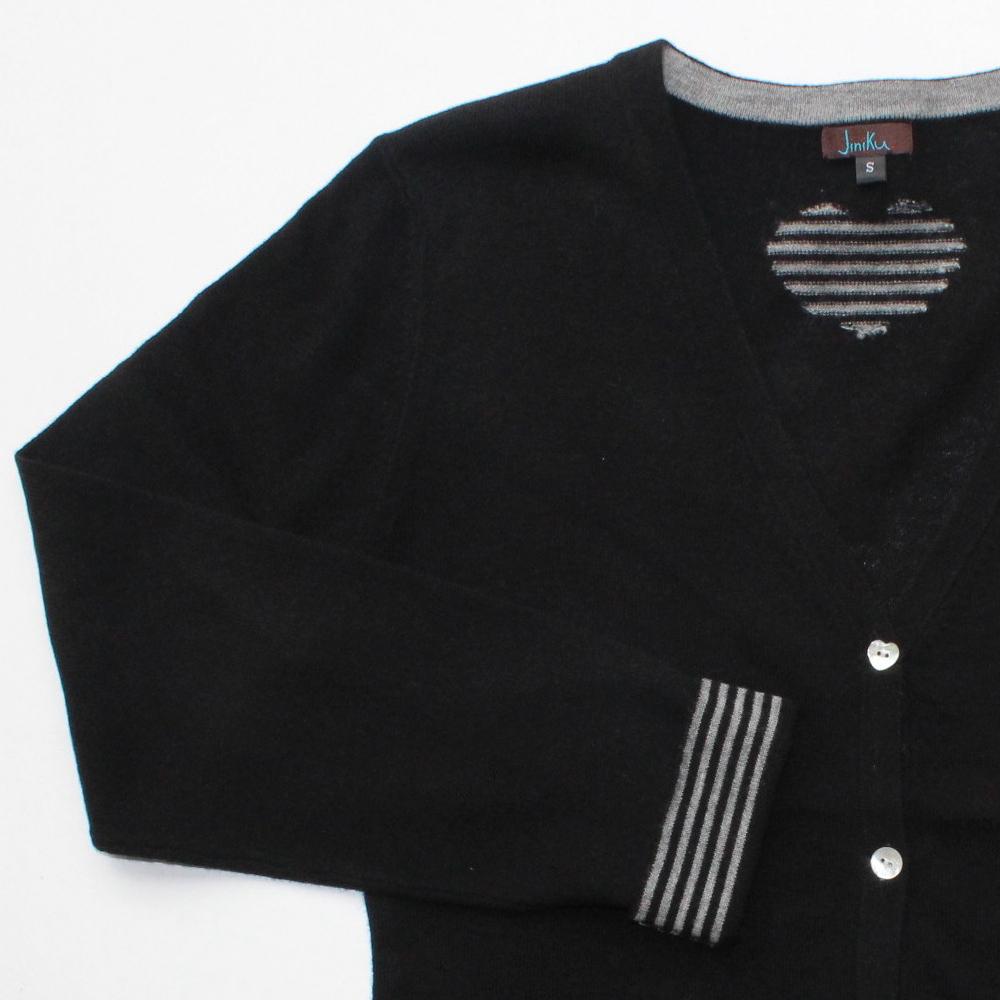 cardi-black-details